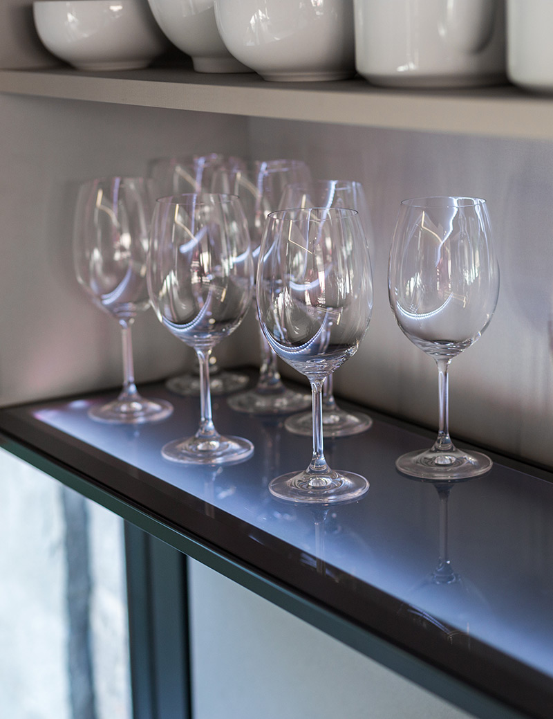 Modern Glass Kitchen Shelves