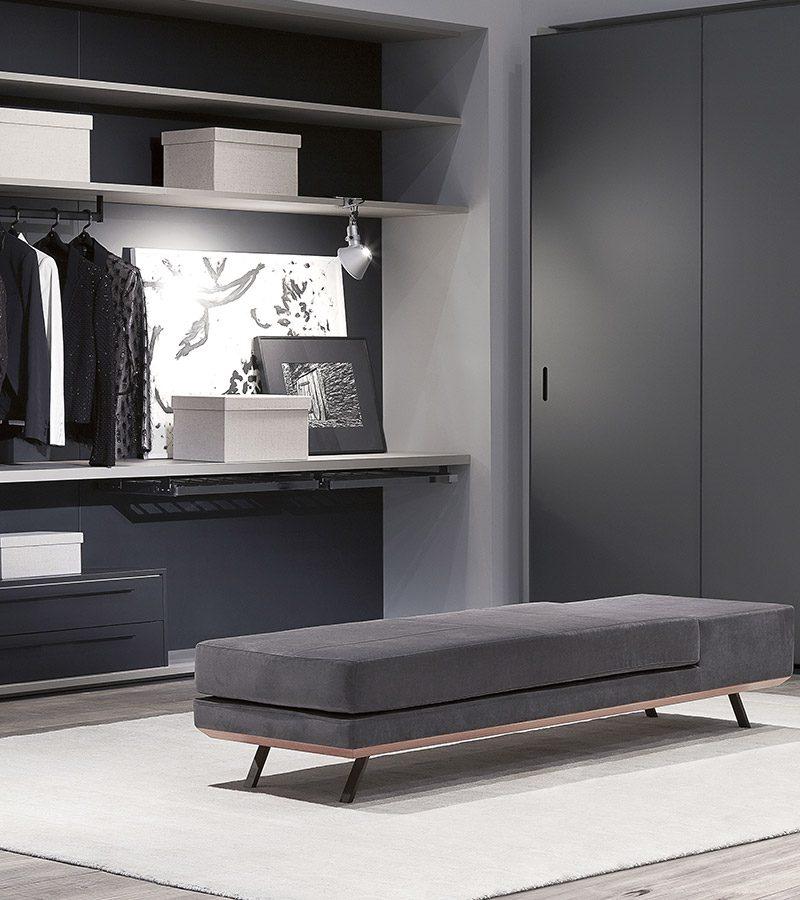 Modern Closet Cabinetry Shelves